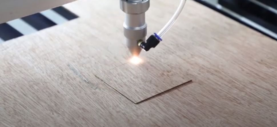 8 consejos y características sobre el corte y el grabado láser