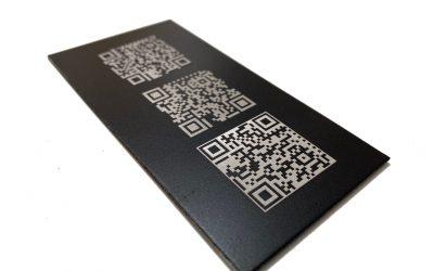 Marcado permanente de códigos QR con láser